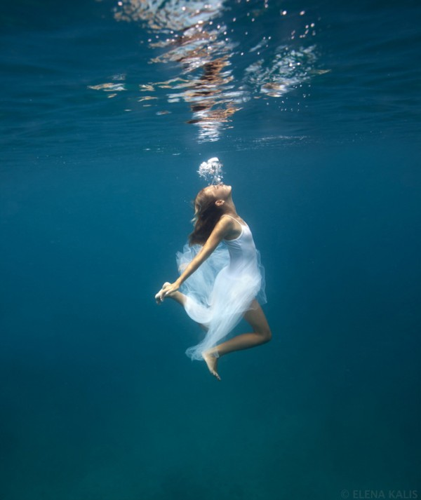 girl underwater photography -  21
