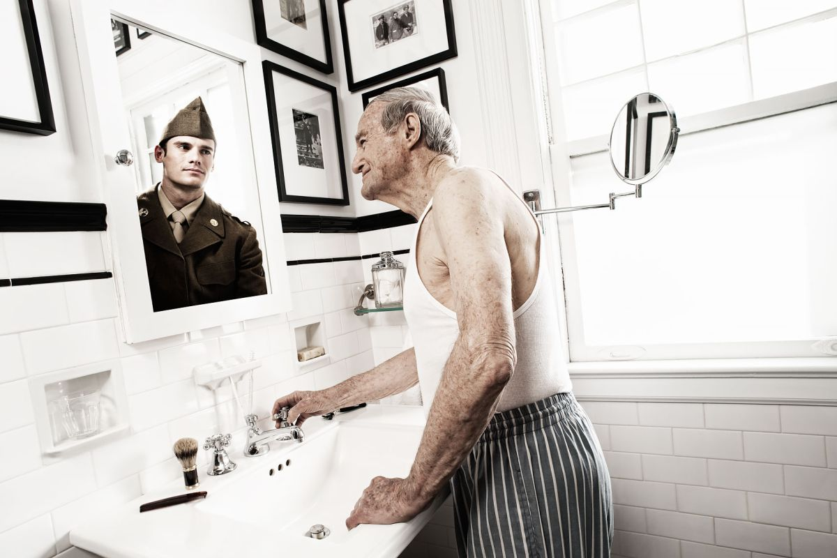 lifestyle photography reflections soldier by tom hussey