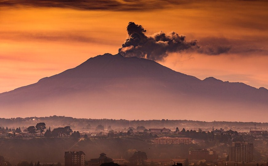southern chile volcano photography by francisco negroni