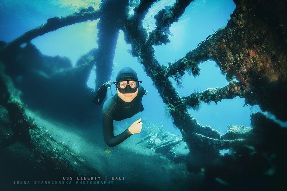 bali underwater photography by irena stangierska