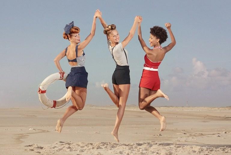 2 sand beach fashion photography by ana dias