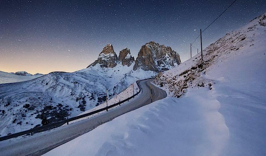 winter landscape photography by lukas furlan
