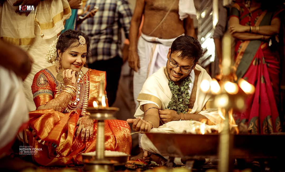 wedding photography funny moment couple by nidhin foma
