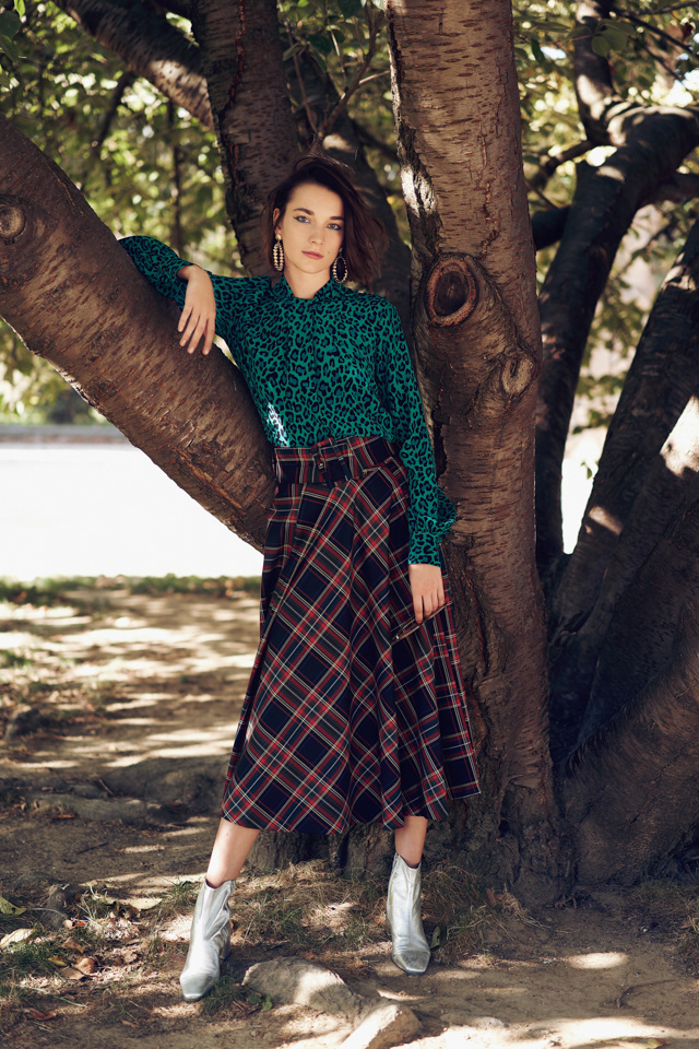 fashion photography green pattern by pauline darley