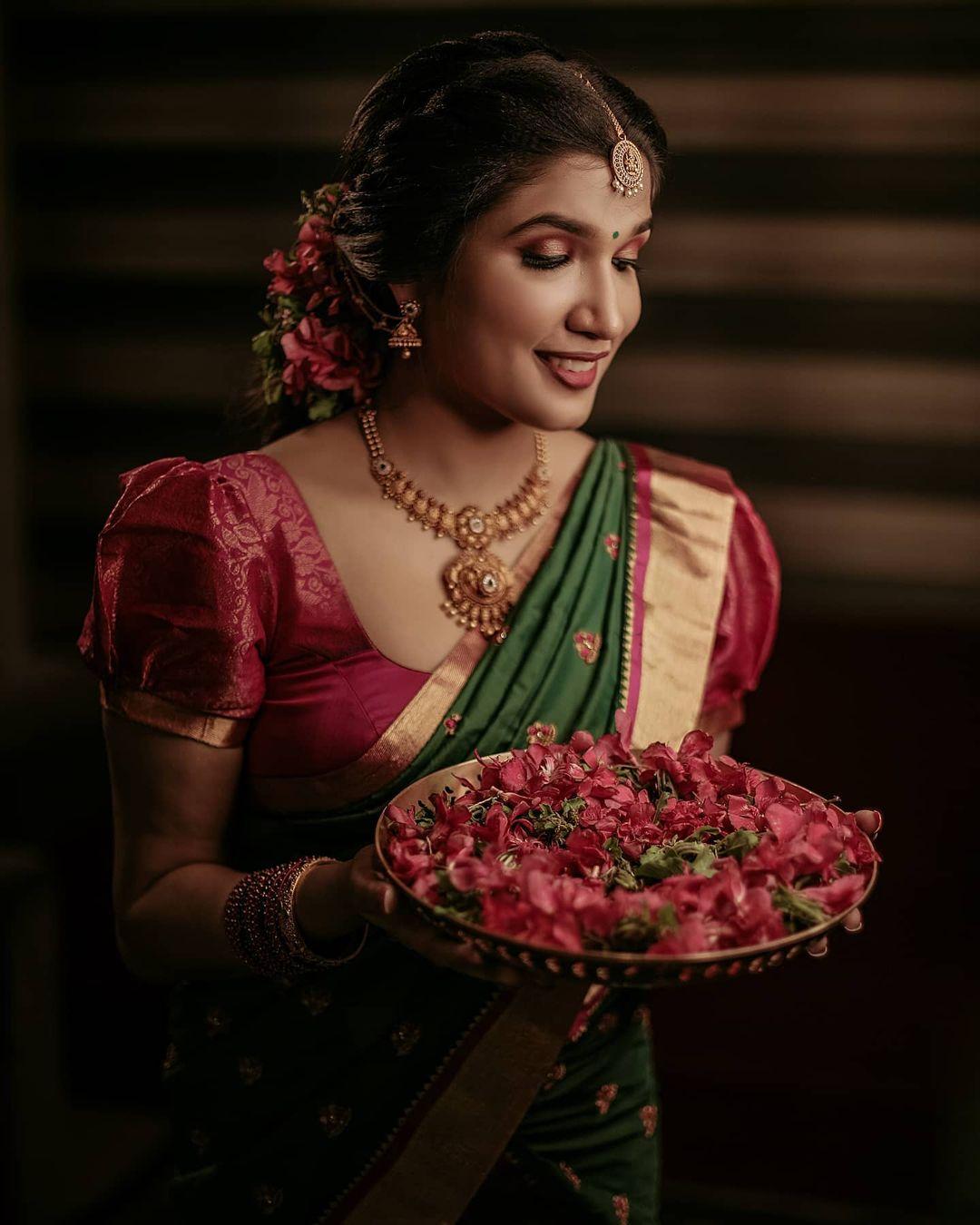 wedding photography flower thaali by nidhin foma