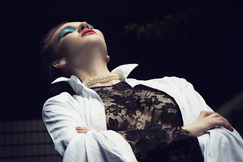 fashion photography black net by andreas stavrinides
