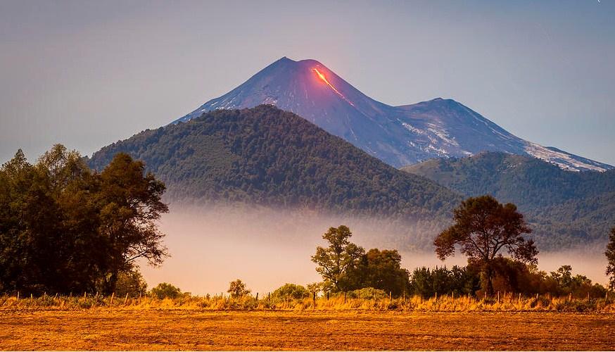 fountaining magma volcano photography by francisco negroni