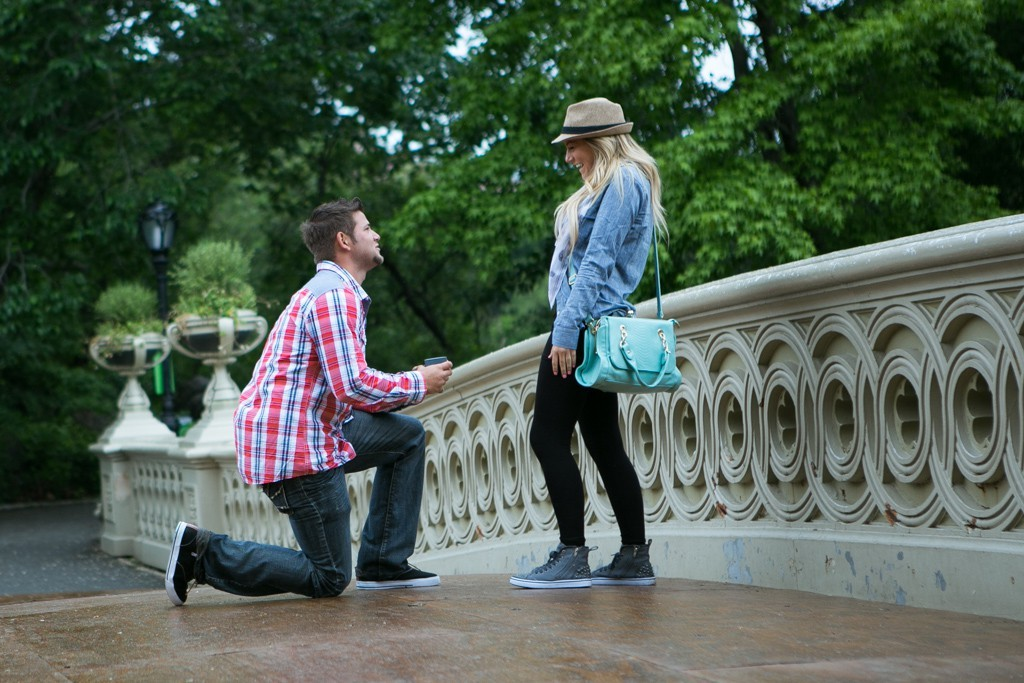 2 marriage proposal photography by vlad leto