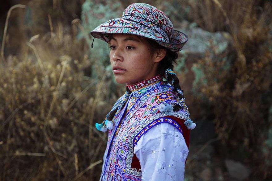 peru woman by mihaela noroc