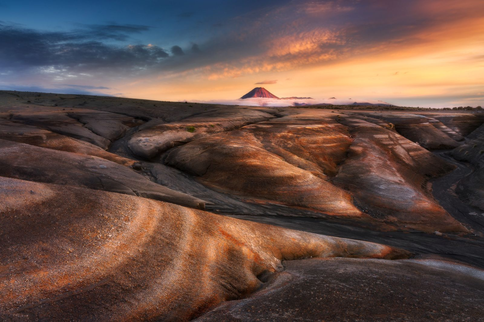 lanscape photography mount doom by everlook photography