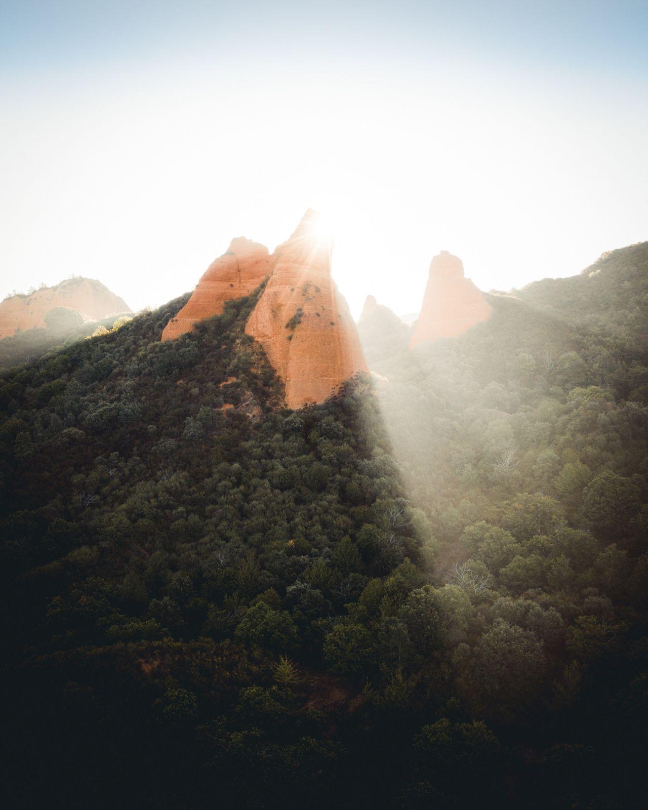 landscape photography sunrise las medulas by witold ziomek