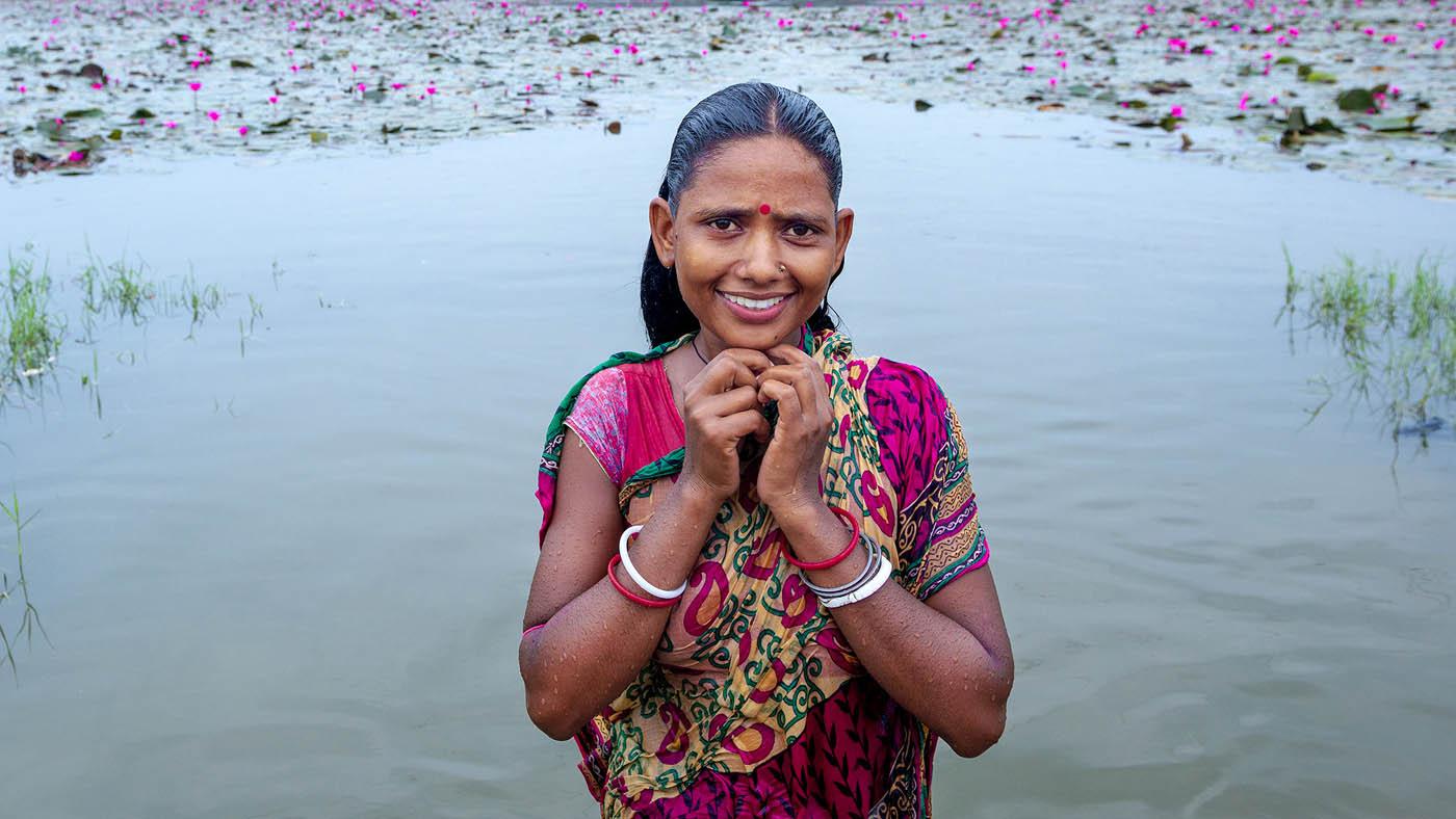 travel photography woman by saravanan dhandapani