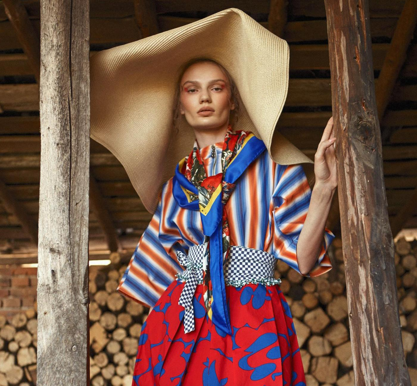 fashion photography dress by diliana florentin