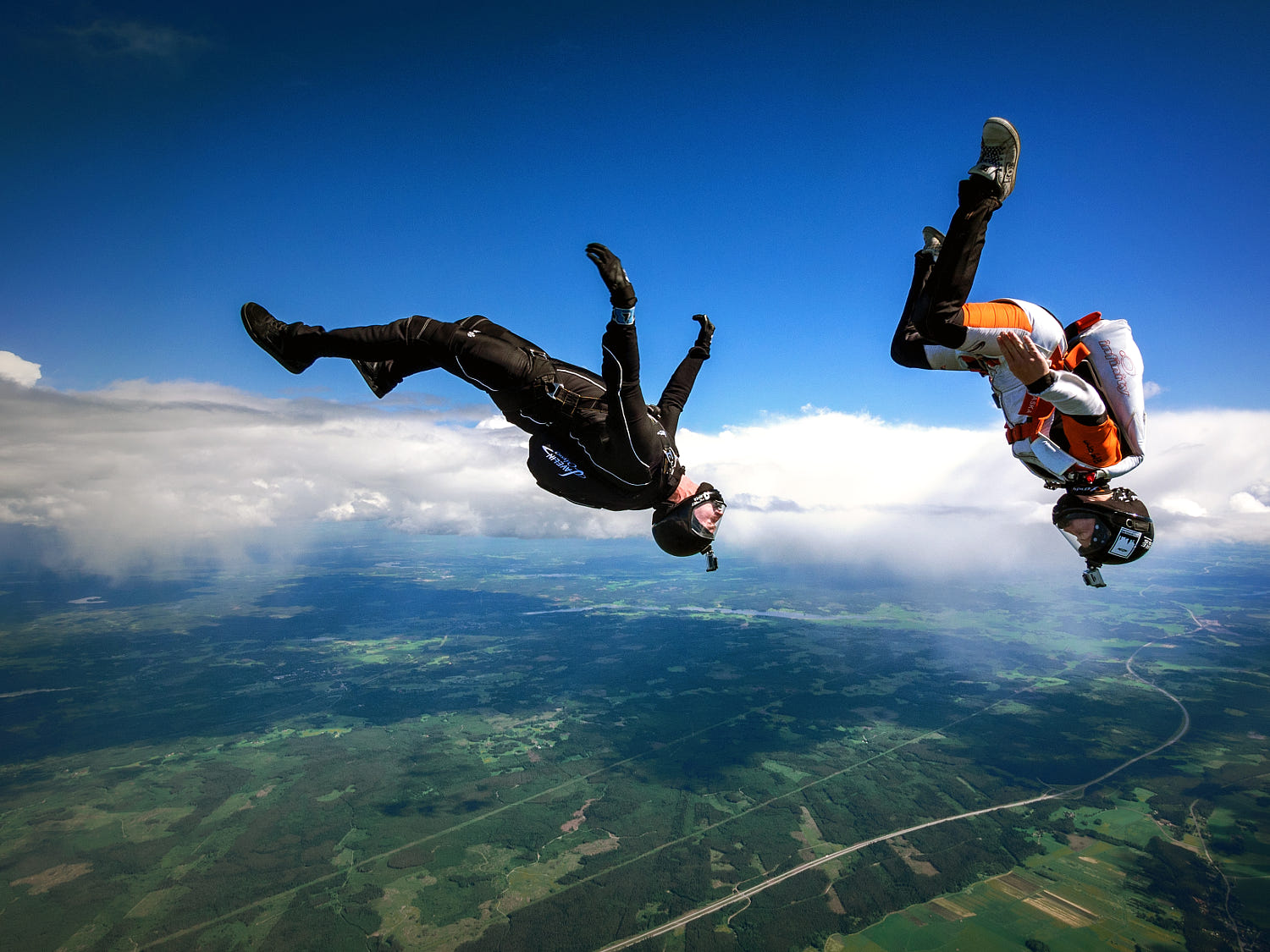 stunning picture free fall by david bengtsson