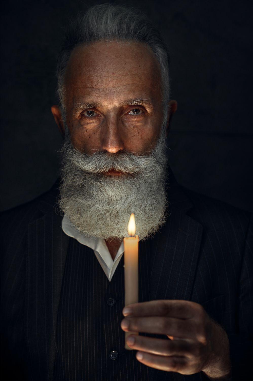 fashion photography hold candle by maks kuzin