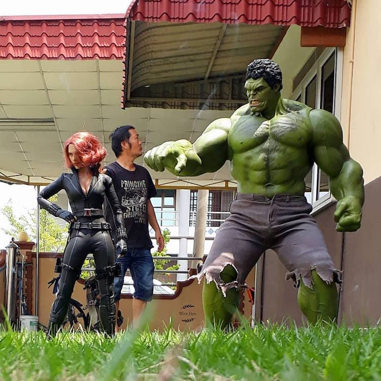forced persepective photography hulk by wire hon