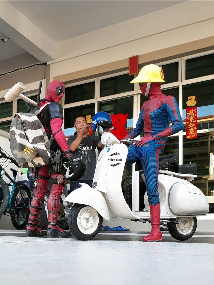 forced persepective photography super heroes by wire hon
