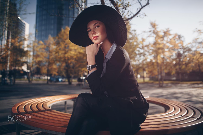 fashion photography woman with hat by evgeniy potorochin