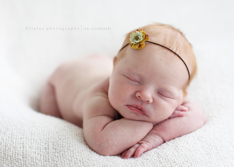 11 newborn photography by rialee