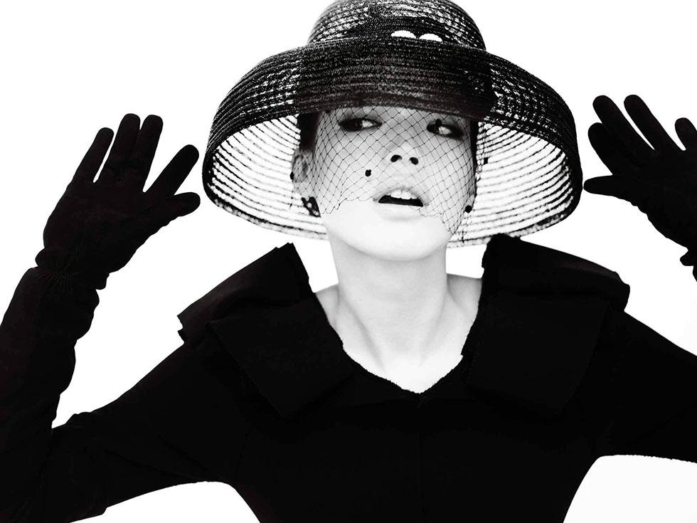 2 woman black white photography