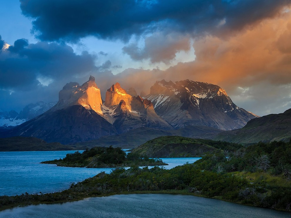 30 sunrise cuernos del paine patagonia photography by gleb tarro