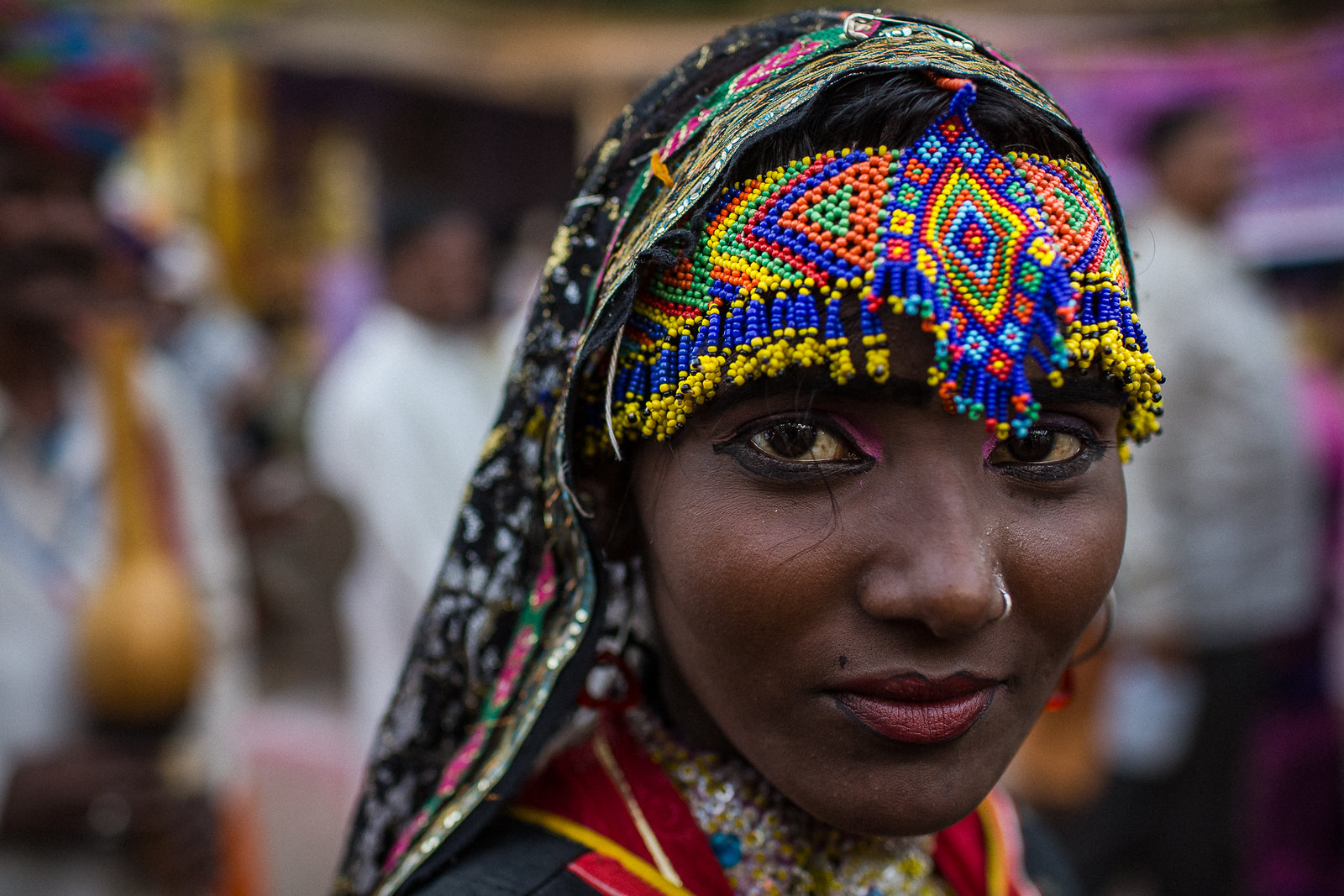 beautiful woman travel photography rajasthan india by anthony pappone