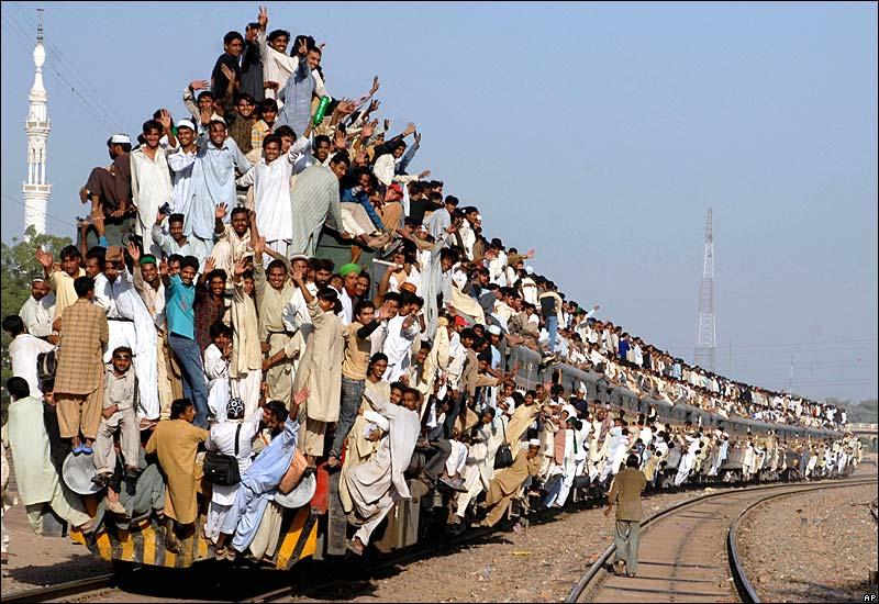 19 train funny photos